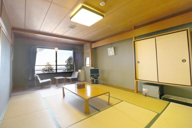 三峯神社 興雲閣 客室
